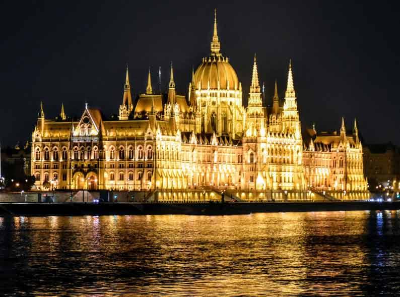budapest hungary night view danube river